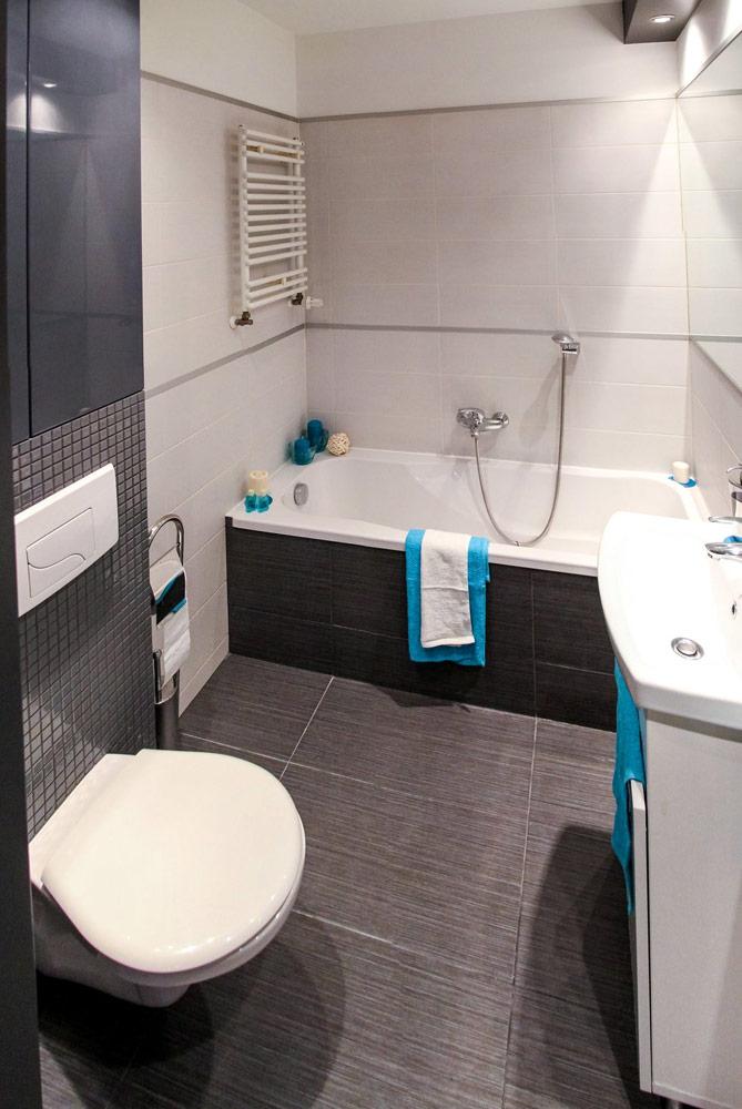 Renoviertes modernes Badezimmer